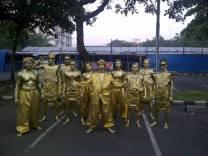 SEWA MANUSIA PATUNG /SEWA GOLD MAN HUMANOID PHONE : 0218406705